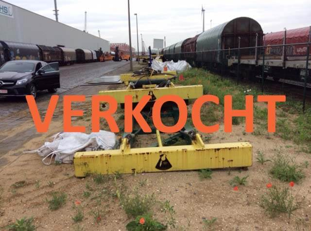 VERKOCHT: Mechanische container spreader